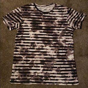 Men's striped tye dye tshirt